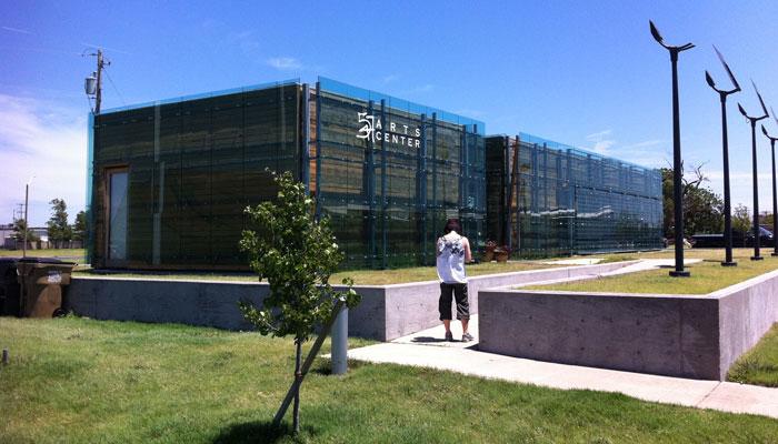 kbobblog-Greensburg-2014-07_9531-547-Arts-Center-700